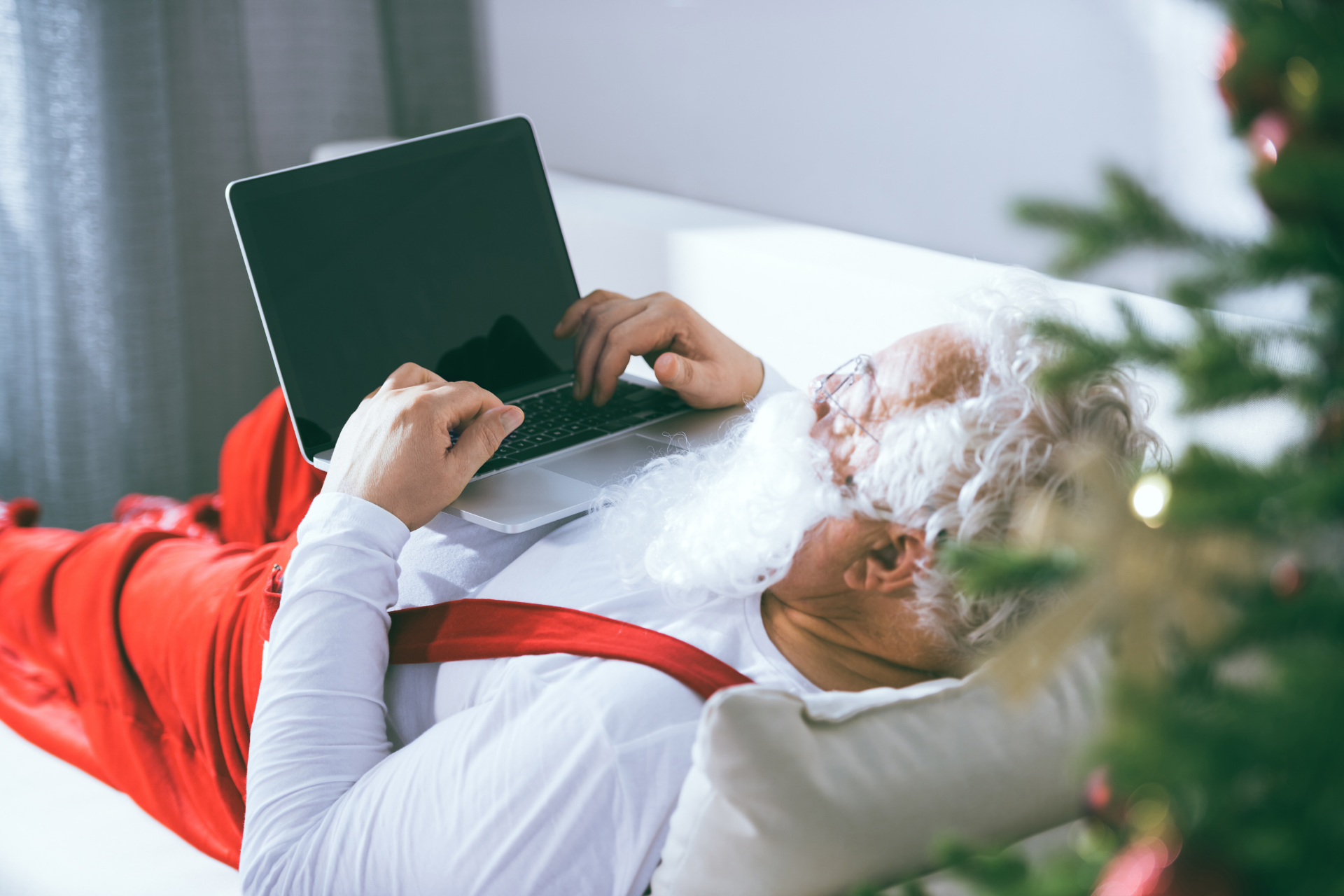 December Chromebook deals 1920 x 1280